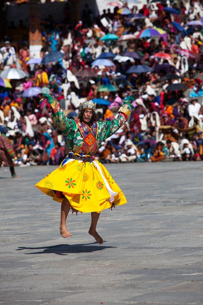Tänzer beim Thimphu Tshechu
