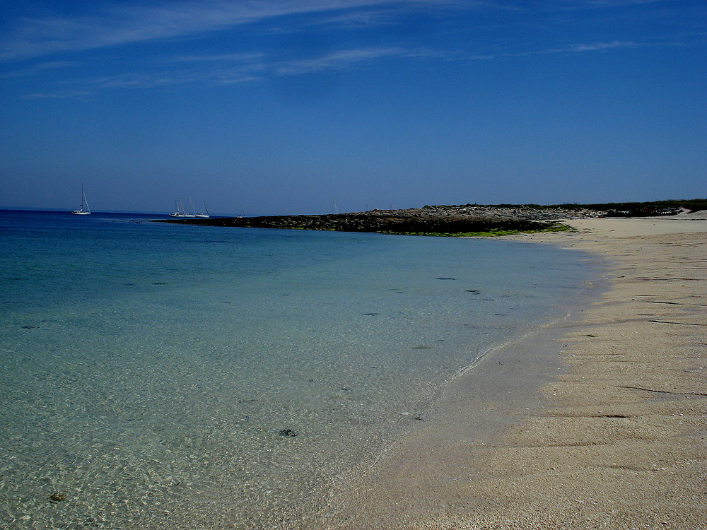 tahiti beach dans l archipel des glenans