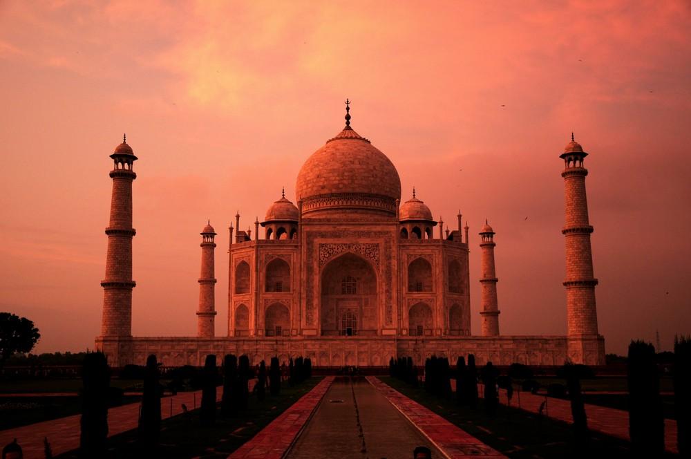 Taj Mahal al tramonto