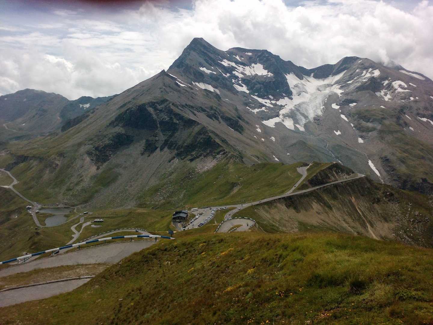 take a ride to the EDELWEISSPITZE / GROSSGLOCKNER