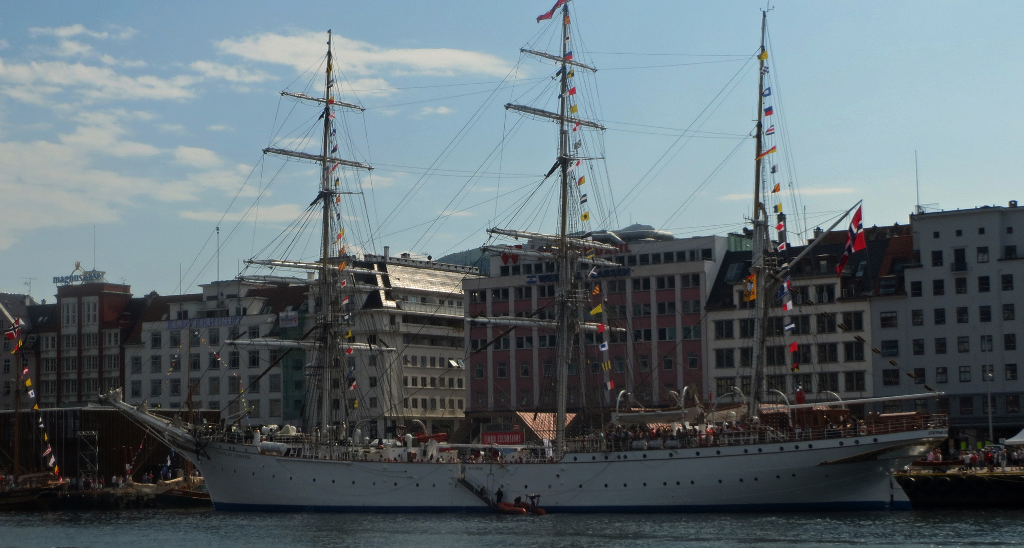 tall ships leaving Bergen for the race to Esbjerg2