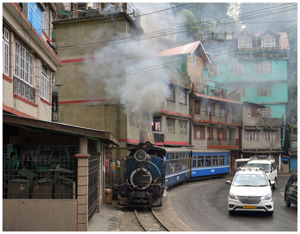 Talwärts nach Darjeeling