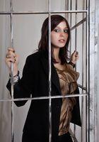Tamara hinter Gittern
