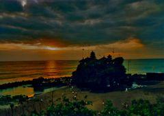 Tanah Lot: il tempio del tramonto