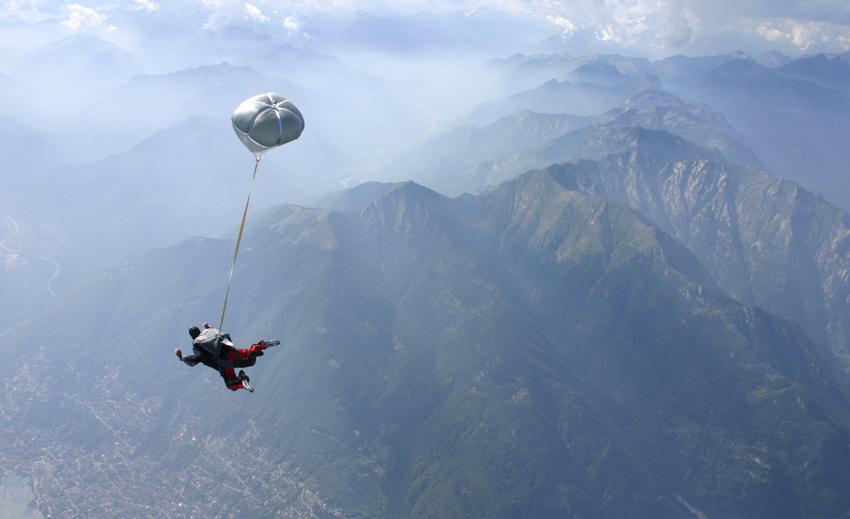 Tandemsprung über Locarno