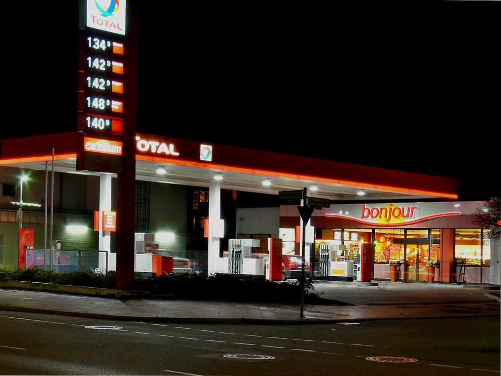 Tankstelle in DRI-Technik