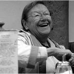 Tante Jolesch lebt!