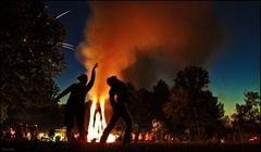Tanz am Feuer