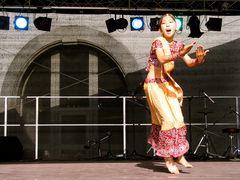 Tanz Freude von Asien