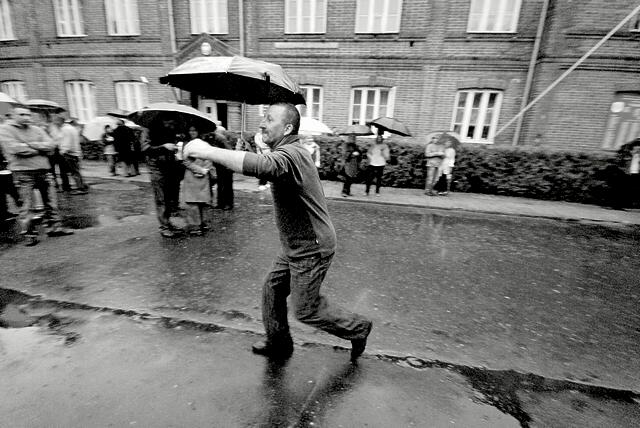 tanz mit dem regenschirm