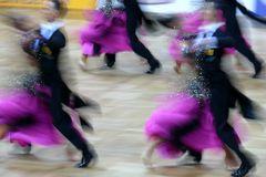 Tanz-Sport-Glitzer-Welt