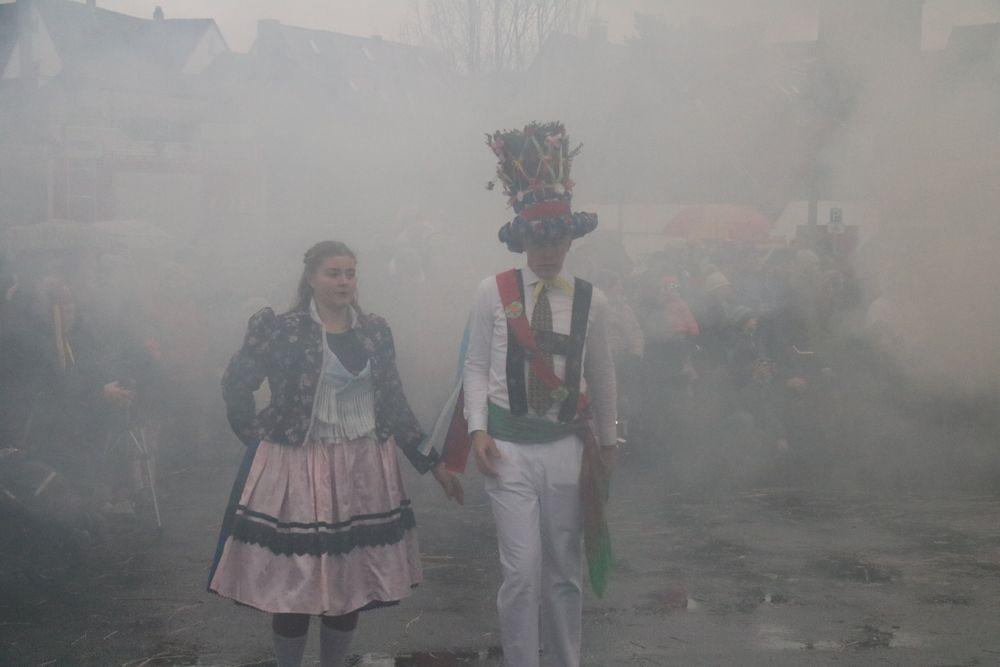 Tanz um den Rauch des Winters