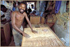Tanzania 2001 - Dar es Salaam - Schnitzerdorf