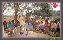 Tanzania 2001 - Marumba, an der Grenze zu Mozambique, dort wo sich Simba und Chui Gute Nacht sagen