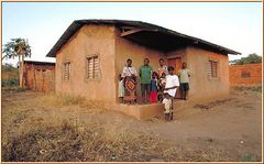 Tanzania 2001 - Mbesa - Tunduru, Ruvuma Region - Wiedersehen nach 26 Jahren