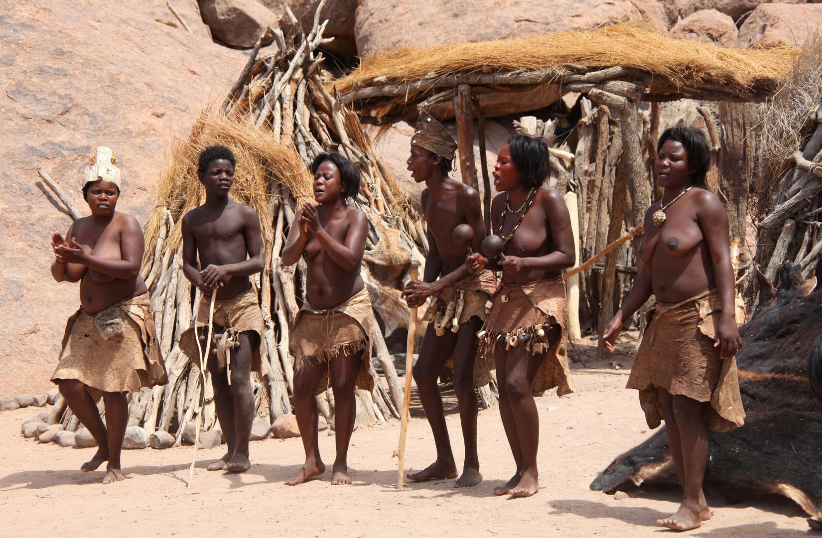 Tanzen und singen wie die Vorfahren