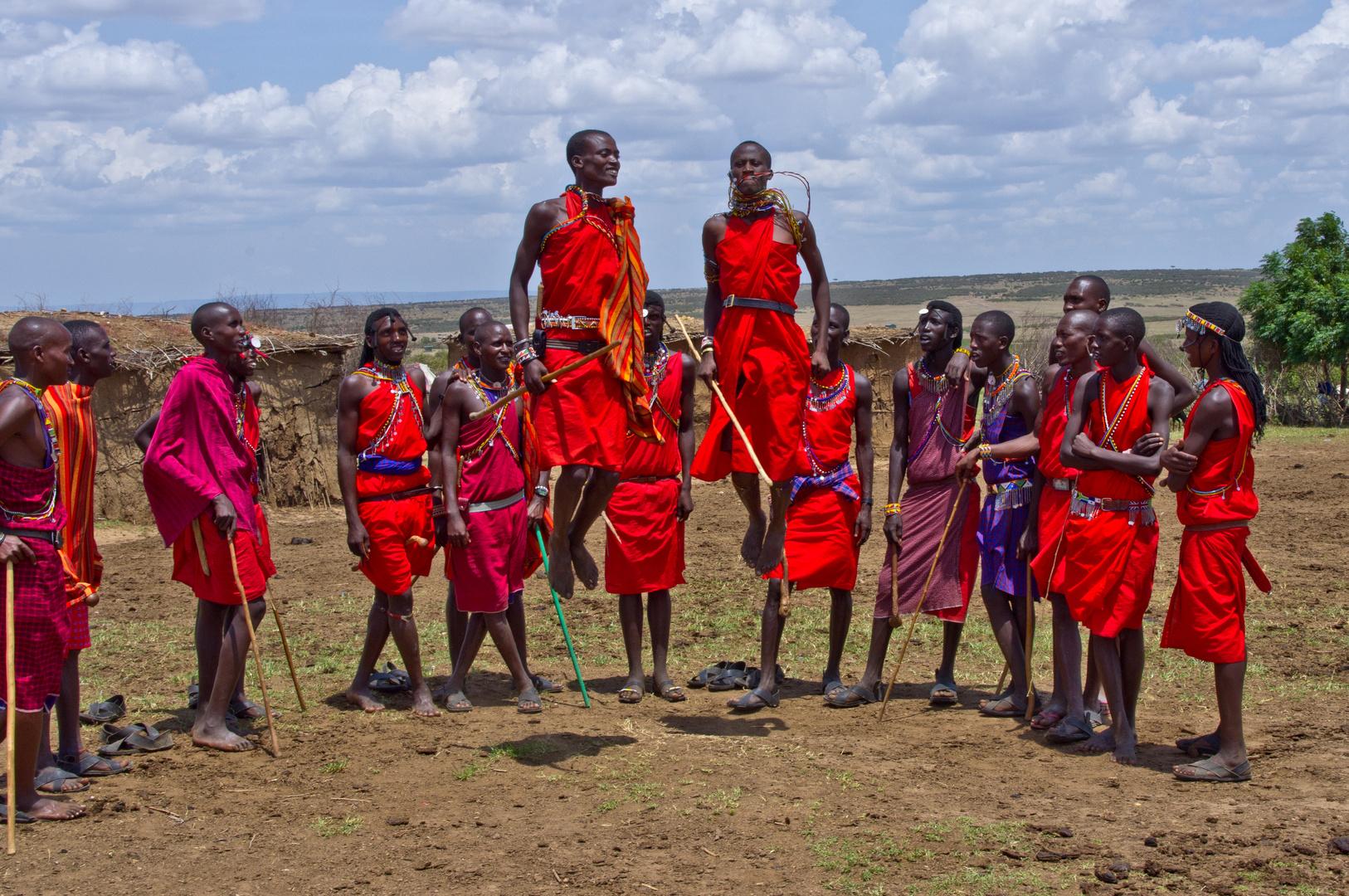 Tanzende Massai Krieger