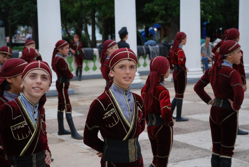 Tanzgruppe in Batumi
