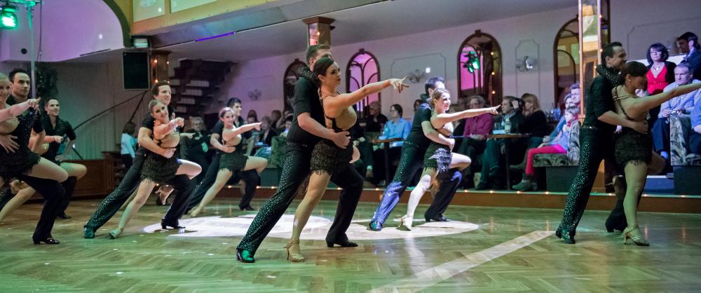 "Tanzschule Streng Fürth - Lateinformation A mit ""Cuba"" (1)"