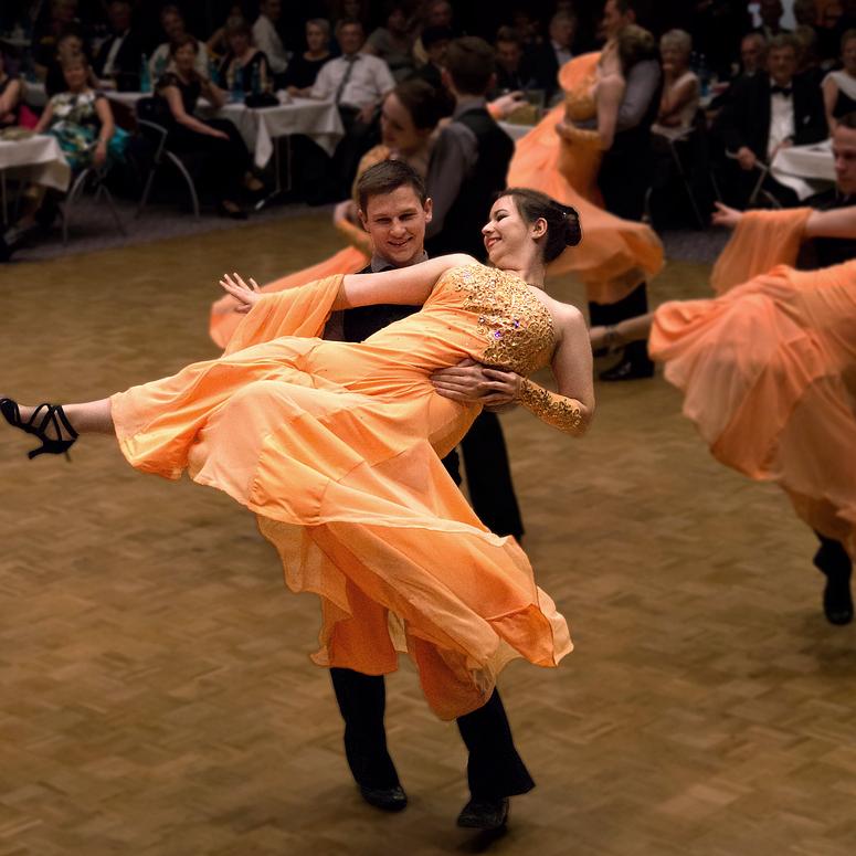 Tanzschule Streng Fürth - Standardformation (3)
