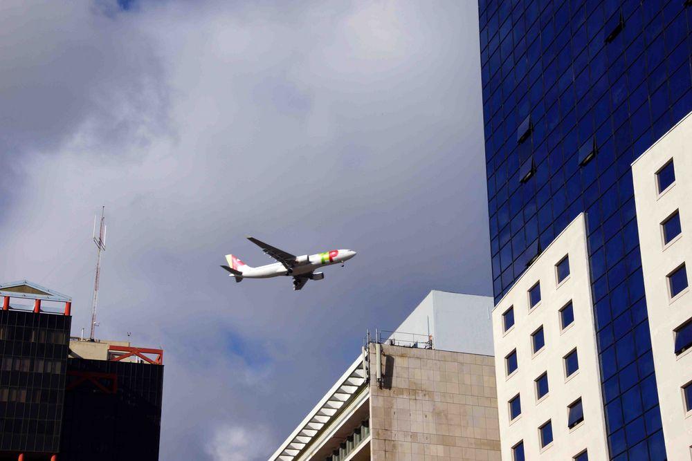 TAP im Landeanflug auf Lissabon