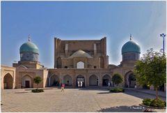 Taschkent - Barak Khan-Medrese - Innenhof - Ausgang