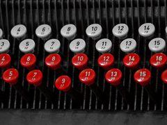 Tasten einer Lochkartenmaschine