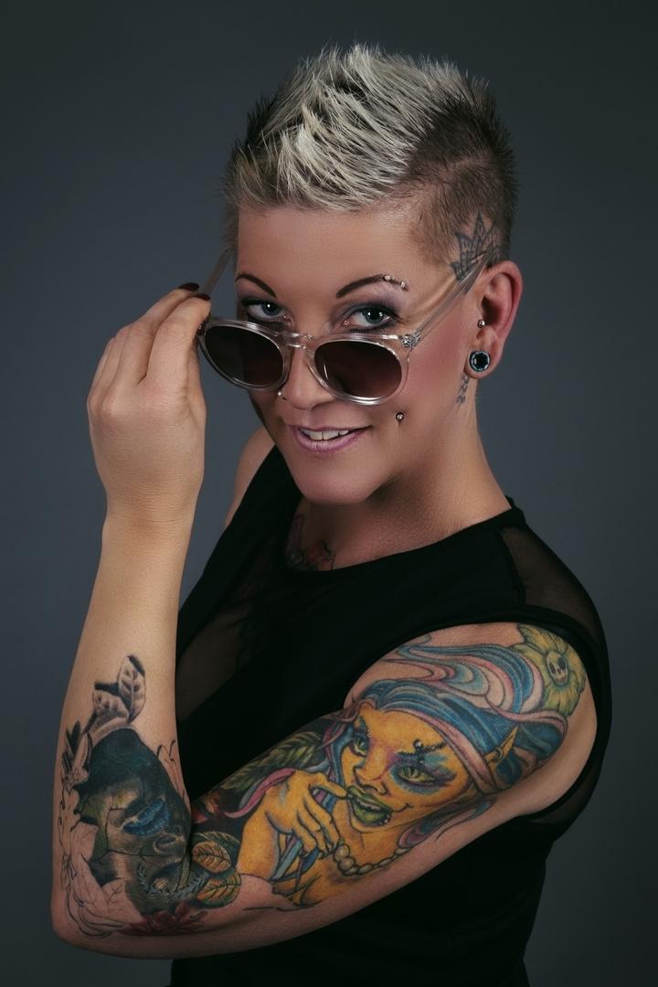 Tattoo Team Zeitlos 05 Foto Bild Erwachsene Studio Menschen