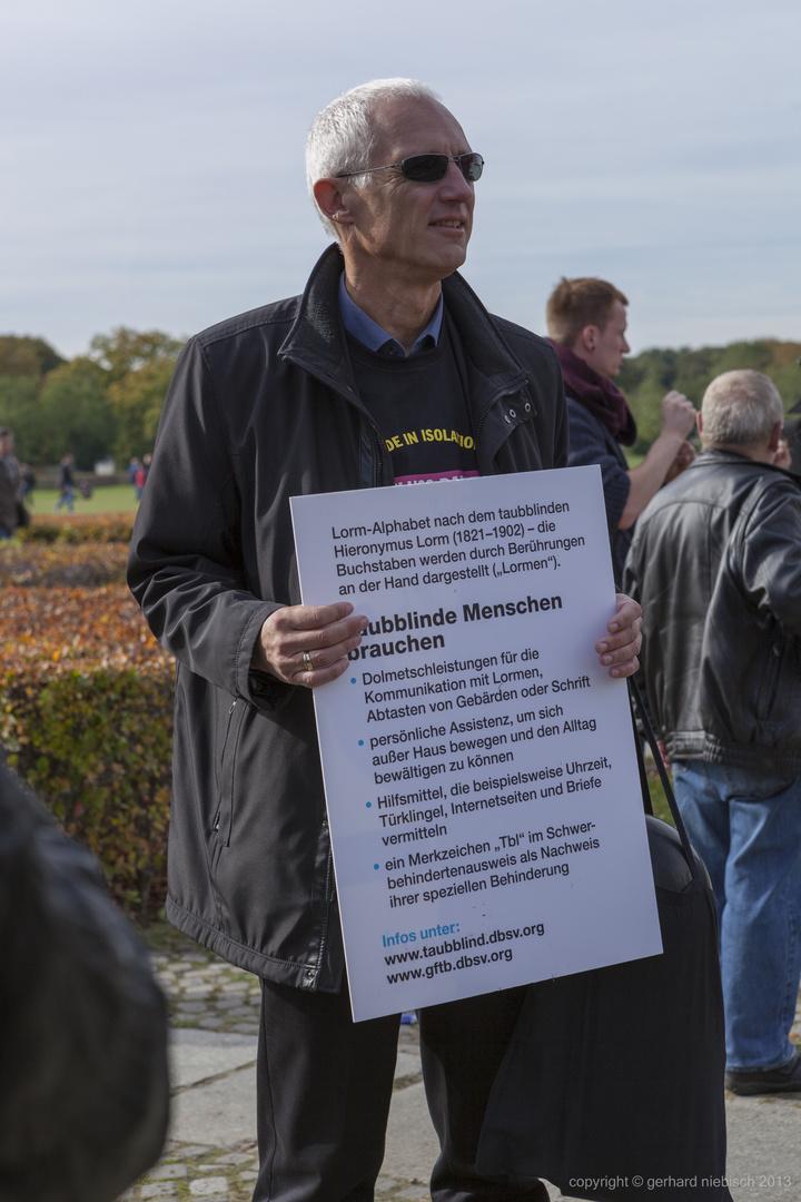 Taubblinden-Demo in Berlin