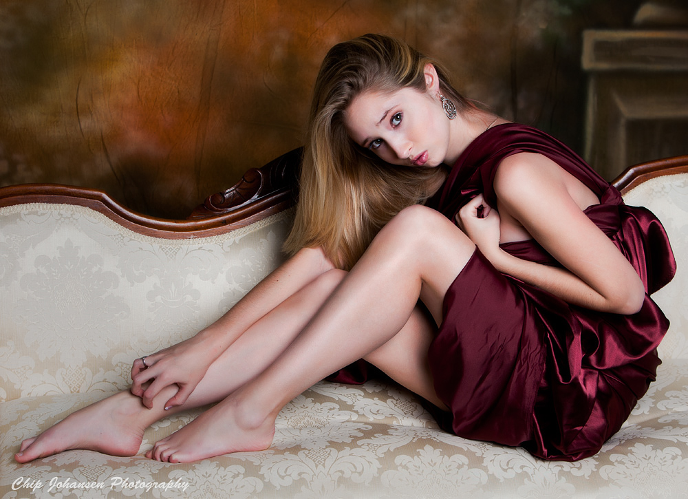 Taylor Setee 2