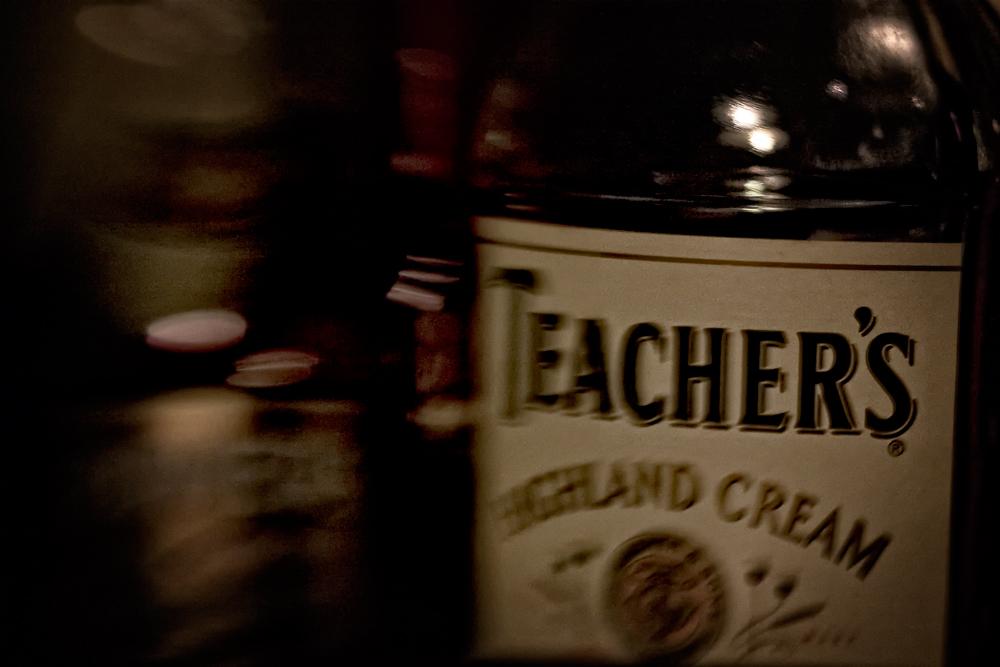 TEACHER' s...