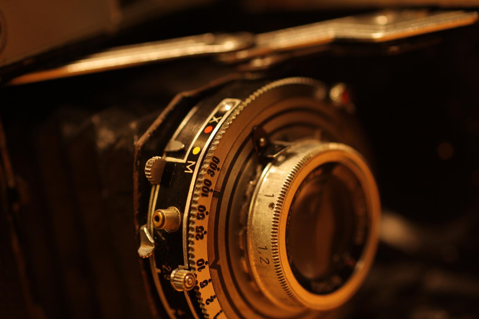 "Technik Composition I ""Oldstyl Camera"""