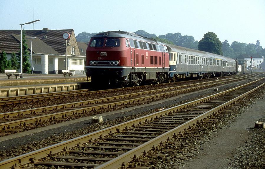 TEE (Trans-Eifel-Express) in Kall (Juni 1983)