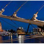 """Teil --10--: Havenwelten Bremerhaven am 3.07.2012 """"Abendstimmung unterm Küverbaum"""""""