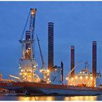 """Teil -11- :Maritime Arbeitswelten in Bremerhaven am 6.3.2014 """"Schweben u.Ladung nehmen ....."""""""