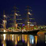 TEIL 2 --Alexander von Humboldt-- am 6.5.2011 am Liegeplatz im Neuen Hafen (Bremerhaven)