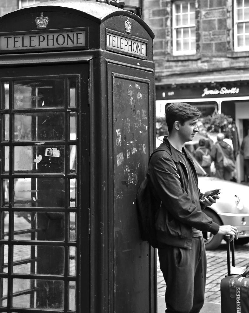 tele-phon