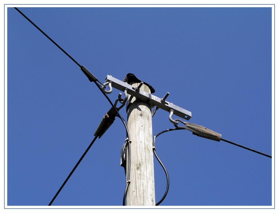 Telefonmast-- Foto & Bild   industrie und technik, industrie- kultur ...