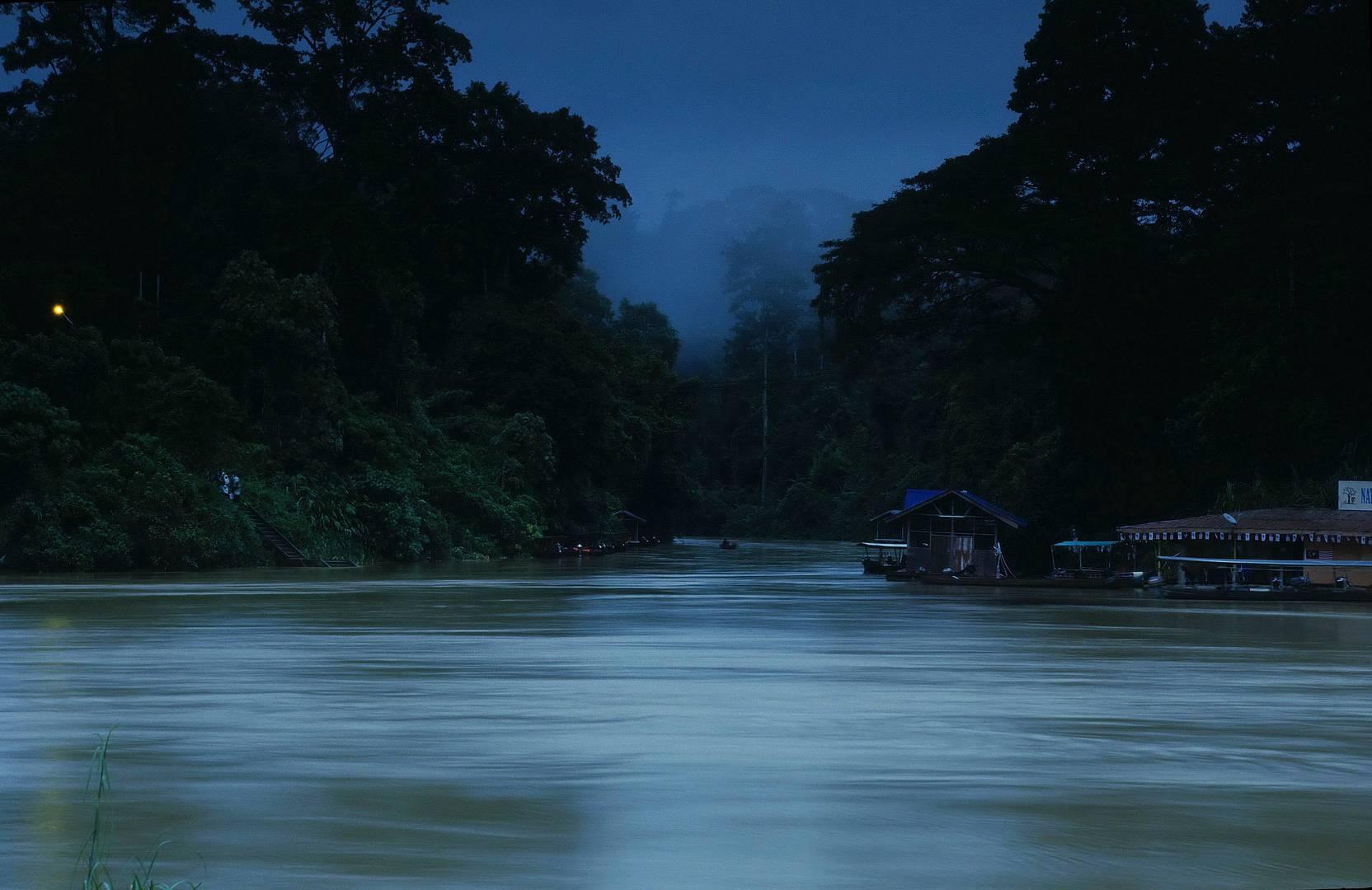 Tembeling River Nachtaufnahme