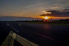 Tempelhof Runway 27RE