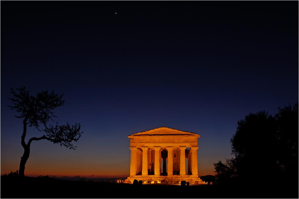 Tempio di notte