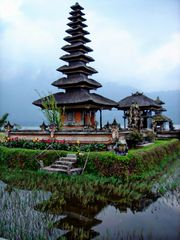 temple lacustre