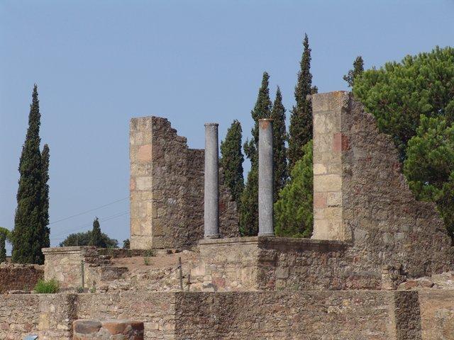 Templo Romano -Ruinas de Mirobriga