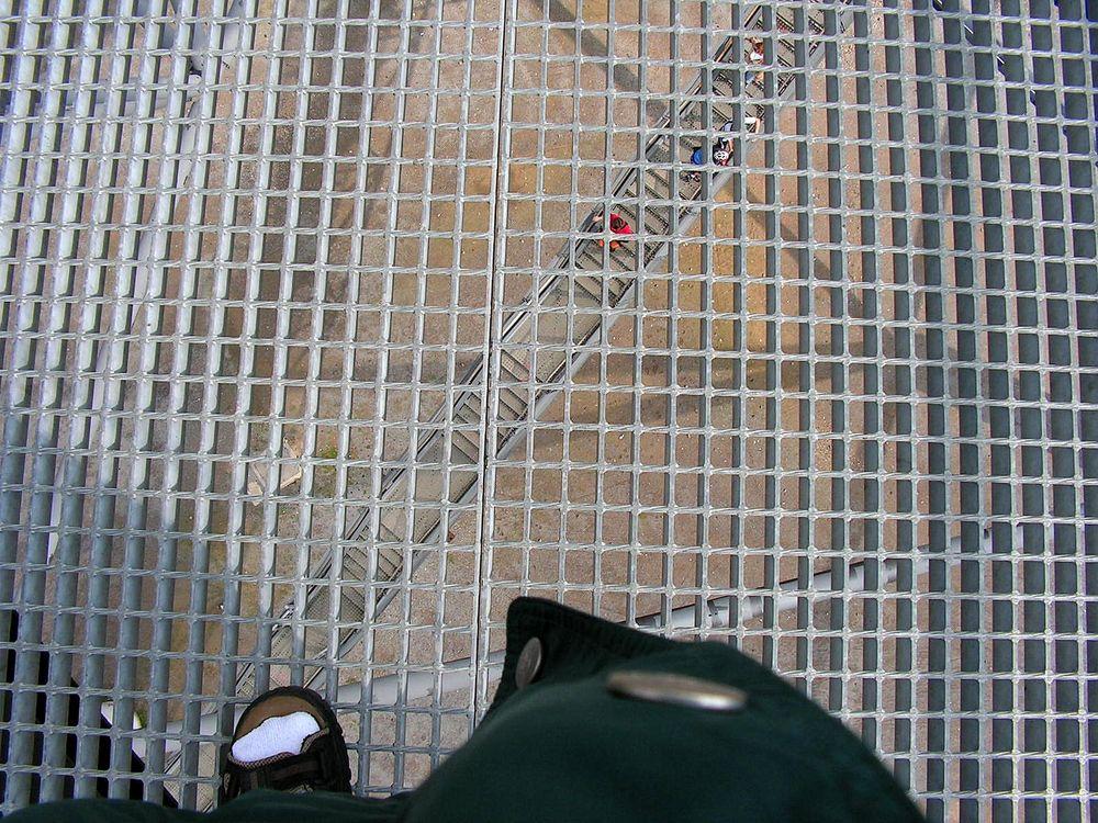 Tennissocken und Sandalen :-( ---> gelöst