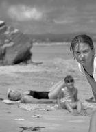 TERE   , retrato en la playa
