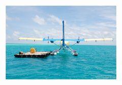 """Terminal 2 - Vilu Reef"" HC-6-300 Twin Otter"