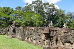 ...Terrasse der Elefanten...