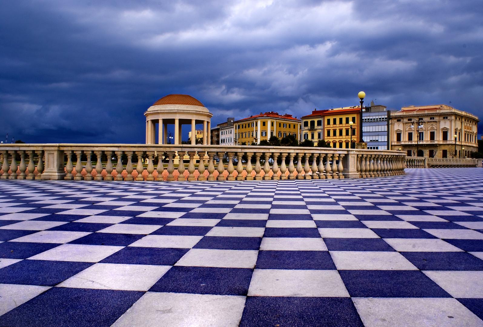 Terrazza Mascagni - Livorno Foto % Immagini| cartoline, temi Foto su ...
