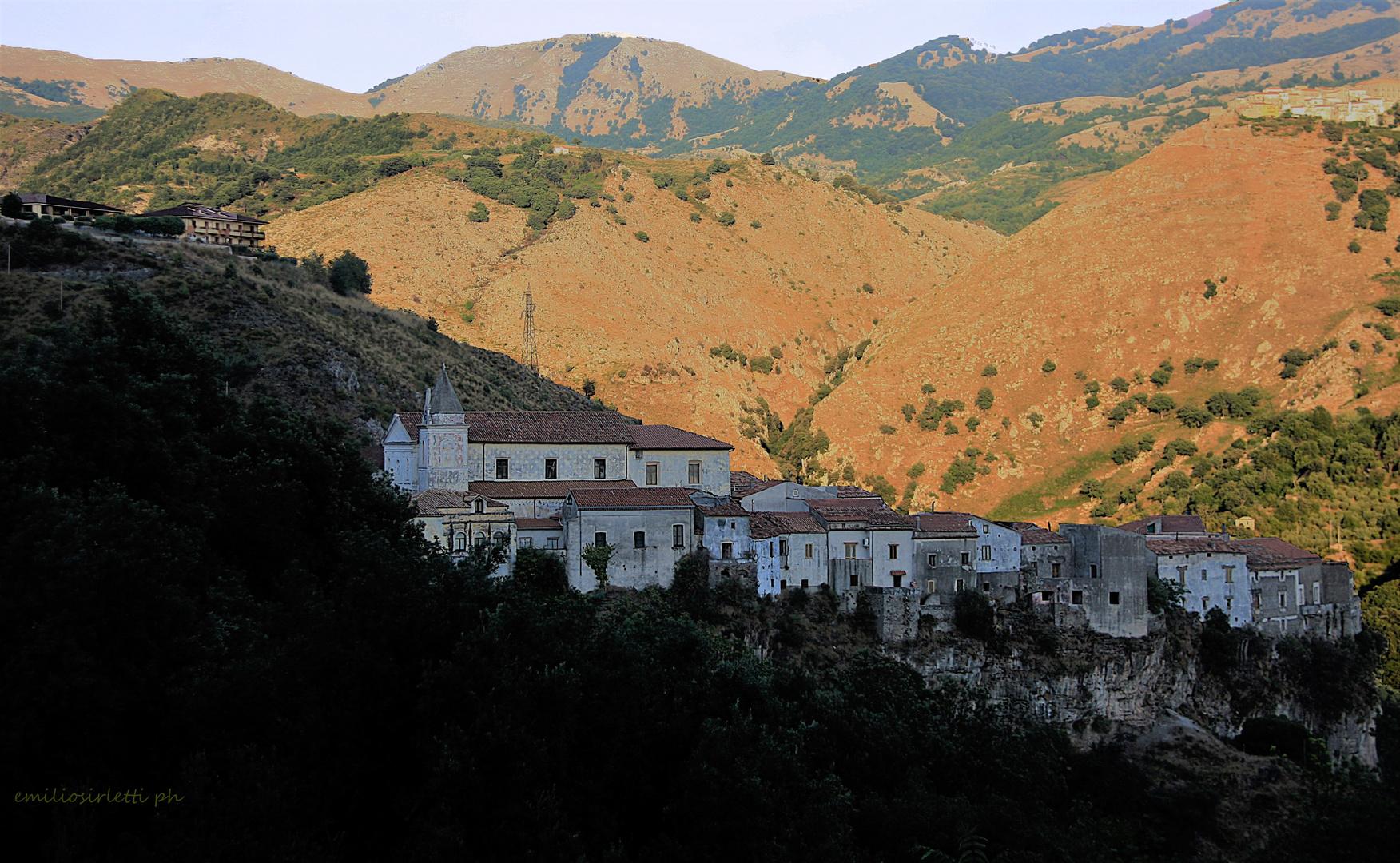 Terre di Calabria: Tortora antica