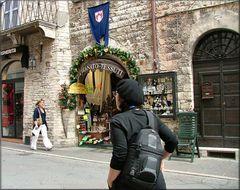 Tessuti a Assisi